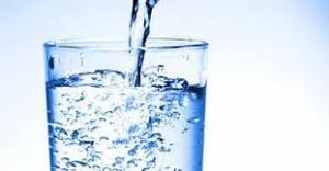 Le rôle crucial de l'eau dans votre quête de l'amaigrissement du régime astronaute